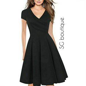 🆕⭐Cap sleeve faux wrap black dress⭐